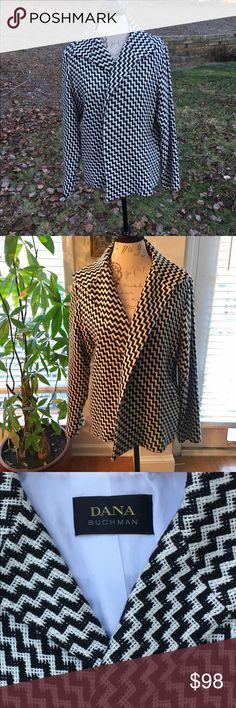 DANA BUCHMAN  Jacket Beautiful Plaid Black and white Blazer. Size: 8. Excellent condition. Dana Buchman Jackets & Coats Blazers
