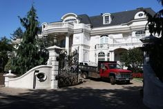 Paul Castellano House Staten Island | Hillary Clinton to attend fundraiser at late mob boss home ...