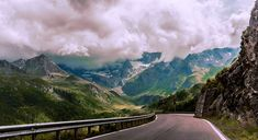The Austrian Alps (By Marco Glanz) Alps, All Things, Europe, Mountains, Nature, Travel, Sparkle, Naturaleza, Viajes