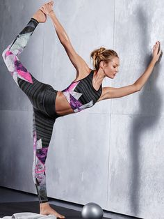 printed workout gear Mehr