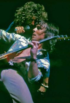 Sammy Hagar with Ronnie Montrose. Great Montrose( first album superb! Music Is Life, My Music, Music Production Companies, Red Rocker, Sammy Hagar, Neo Soul, Hey Man, Rock Groups, Smooth Jazz