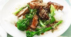 Combine hoisin sauce, soy sauce and rice wine vinegar in a large bowl. Toss pork steaks in marinade and se. Recipes Using Pork, Lamb Recipes, Pork Chop Recipes, Asian Recipes, Fillet Steak Recipes, Pork Fillet, Pork Steaks, Pork Meat, Bbq Pork