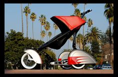 Autos, Häuser, Yachten, alles alte Hüte, wenn es um Statussymbole geht. Womit man jetzt richtig aufschlagen kann, ist der richtige Kinderwagen.    http://besten.welt.de/Luxus-News/434901/Das-ist-doch-Kinderkarre