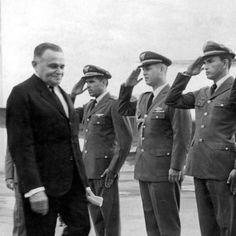 1964: Castelo Branco. Entenda a ditadura militar no Brasil em 40 datas históricas - Educação UOL