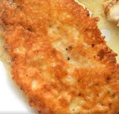 LOW CARB Parmesan crusted Chicken is everything….I'm seriously addicted to this chicken, I make it so often! Easy Dinner Recipes, Easy Meals, Yummy Recipes, Free Recipes, Yummy Food, Green Grapes Nutrition, Parmesan Crusted Chicken, Crispy Chicken, Keto Chicken