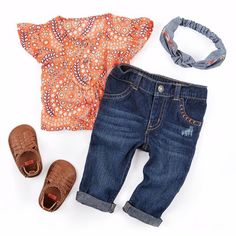 The cutest match we've ever seen. #easyoutfitsets #ootd #tunic #denim #babyshoes #lovecarters #littlecollections