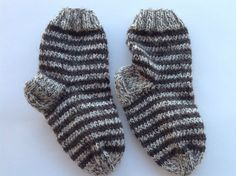 Hand knitted brown wool socks for 3-4 years old girl by olinnell