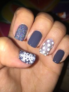 More Winter nails! #SnowflakeNails #NailArt #BlueNails