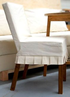 parson-chair slipcover from drop cloth....ana-white.com plus so many more tutorials!!!! Drop Cloth Slipcover, Slipcovers For Chairs, Ikea Furniture Hacks, Furniture Plans, Furniture Design, Living Room Chairs, Dining Chairs, Ikea Chairs, Dining Room