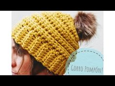 GORRO POMPÓN - YouTube Crochet Beanie, Knitted Hats, Crochet Hats, Beanie Pattern Free, Free Pattern, Crochet Stitches, Crochet Patterns, Crochet Videos, Baby Hats