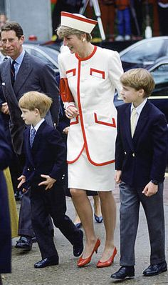 1991 Princess Diana, Prince William and Prince Harry