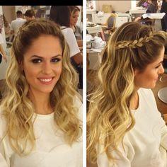 Parabéns pela #formatura @elenabrustolin ❤️ #braids #hairdo #trança #penteado…