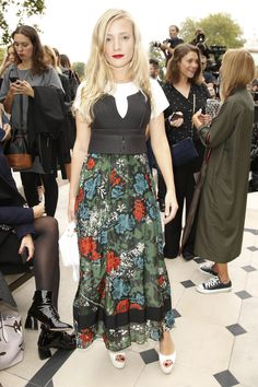 Kate Foley at Burberry Prorsum Spring 2016 Ready-to-Wear