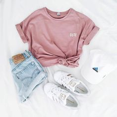 via weheartit Yseult Delcroix - Mode, Outfit und adidas - Outfit - Modetrends Teenage Outfits, Komplette Outfits, Tumblr Outfits, Teen Fashion Outfits, Cute Casual Outfits, Cute Summer Outfits, Fashion Clothes, Womens Fashion, Tumblr Clothes