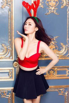 Merry Christmas from Chinese actresses | China Entertainment News