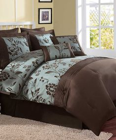 Look what I found on #zulily! Aurora Comforter Set #zulilyfinds I actually love this color pattern.