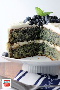 Fresh Blueberry Cake #WeekdaySupper #CakeMagic #cookbook #giveaway