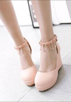 223c553ba13 Pink Round Toe Chain Rhinestone Sweet Wedges Shoes