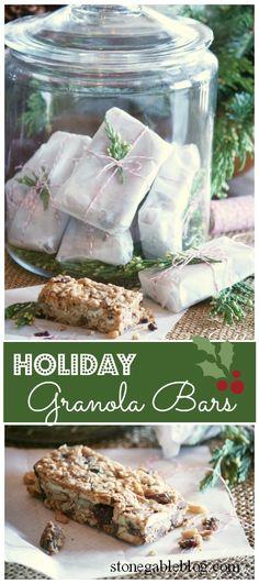On-The-Go Holiday Granola Bars... full of yummy Christmas flavor!