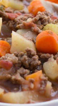 Slow Cooker Hamburger Soup ~ Easy and delicious!