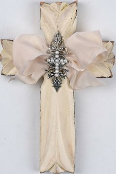 Shabby Decorative Wall Cross ི♥ྀ Wooden Crosses, Crosses Decor, Wall Crosses, Decorative Crosses, Mosaic Crosses, Burlap Cross, Cross Love, Craft Projects, Projects To Try