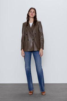 Get dressed up with this season's women's blazers at ZARA online and achieve effortless style. Blazer En Cuir, Leather Blazer, Lbd, Blazers, Mini Vestidos, Zara United States, Online Sales, Mannequin, Pattern Fashion