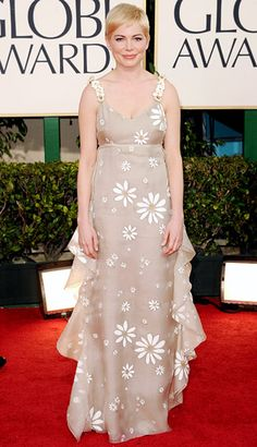 Golden Globe Awards 2011. Michelle Williams, please hire a fashion consultant!