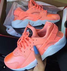 ________________________________________  #huarache #is #summer #jordan #struggle #sneakerheads #like4like #sneakerhead #nicekicks #sneaker #shoes #shoegasm #kickstagram #bape #sneakerfiend #kicks #sneakerholics #soleonfire #flykicks #instashoes #swag #puma #shoeporn #nike #sneakerporn #peepmysneaks #walklikeus #solecollector #igsneakercommunity _______________________________________ Mack_Trends by mack_trends