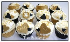 Engagement Cupcakes | Flickr - Photo Sharing!