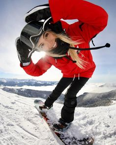Womens snowboarding outfit and snowboarding gear Snowboarding Outfit, Snowboarding Women, Snowboarding Quotes, Snowboarding Photography, Snowboard Girl, Snow Girl, Snow Outfit, Foto Casual, Foto Instagram