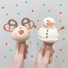 Ice Cream Menu, Ice Cream Desserts, Cute Desserts, Cute Food, Yummy Food, Christmas Ice Cream, Ice Cream Design, Food Drawing, Aesthetic Food