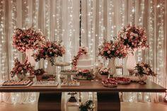 Danielle e Victor Brunch Wedding, Wedding Desserts, Our Wedding, Dream Wedding, Wedding Stage Decorations, Birthday Party Decorations, Birthday Parties, Engagement Inspiration, Wedding Inspiration