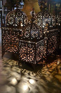 Moroccan lanterns at Tierra Del Lagarto