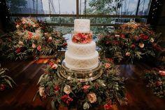 Casamento ao Ar Livre e Romântico: Aline e Raphael Christmas Tree, Table Decorations, Holiday Decor, Home Decor, Link, Blog, White Wedding Cake Icing, Wedding Cakes, Wedding Decoration