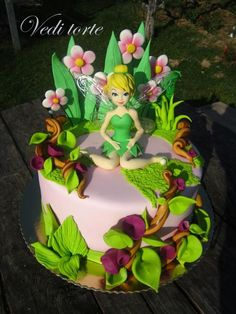 Tinkerbell - Cake by Vedi torte Tinkerbell Party Theme, Tinkerbell Birthday Cakes, Fairy Birthday Cake, Girly Cakes, Fancy Cakes, Cute Cakes, Bolo Tinker Bell, Bolo Fack, Fairy Baby Showers