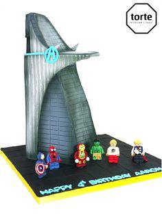 Lego Avengers in Stark Tower birthday cake #birthday #cake #lego #avengers #starktower