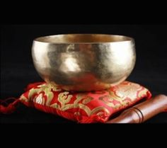 Tibetan Singing Bowl Chopa Hand hammered Made in Nepal cm 350 g in Collectables, Religion& Spirituality, Buddhism Nepal, Meditation, Buddhism, Bowl Set, Decorative Bowls, Massage, Singing Bowl, Carpe Diem, Boho