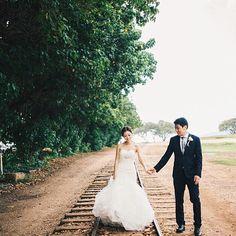 You're on the right track @FSOahu  #SayIDoAtFSOahu & have a Happy #weddingwednesday!  Photo by: @christiephamphoto    #weddings #hawaiiwedding #oahu #hawaii #sayido #theknot #fourseasons #FSOahu