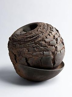 Akiyama Yo, Metavoid 19, 2011 Stoneware with iron-filings