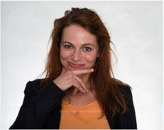 """""""Mit Haut und Haaren""""  Riesensause im Stadtpark: Hamburger Musiker treffen die NDR Bigband beim Benefizkonzert Charitone am 15. September. Warum sie das Experiment wagen und was sie uns zum Geburtstag wünschen, haben sie uns vorab verraten.Heute: Cäthe"""