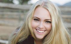 Download wallpapers AnnaSophia Robb, 4k, smile, american actress, portrait, blonde, beautiful woman