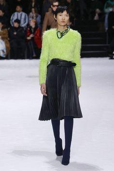 b686720f69 Balenciaga | PLEATS PLEASE Aw18 Trends, Fall Trends, Trends 2018, Fall  Fashion Trends