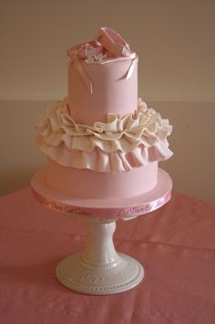 Ballet Slipper Cake - the tulle tutu skirt is super cute for Amelia when she has a girl!