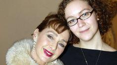 Schauspielerin im Koma: Christine Kaufmann: Enkelin Dido wacht an ihrem Krankenbett - http://ift.tt/2n8wI1z