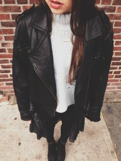 Baby blue sweater, leather shorts,, kimono and leather jacket http://yoenblanco412.tumblr.com