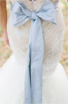 Dusty Blue and Gold Wedding Inspiration | Jennifer Blair Photography via Wedding Chicks