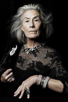 """CLARISSA DALRYMPLE """"1980s powerhouse gallerist, curator, and art consultant, and champion of young artists, 70.   [Photo by Amy Troost for a WSJ magazine shoot on modern jewelry.]  More like her at https://www.pinterest.com/yrauntruth/grow-up-age-croning/"""