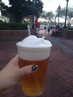Frozen Beer in Japn (Epcot) wasn't really frozen at all only the foam...