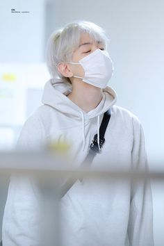 Baekhyun [HQ] 191013 Fukuoka Airport, Departing for Incheon