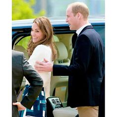The Duke of Cambridge Duchess of Cambridge attend the launch of Heads Together Campaign at Olympic Park on May 16, 2016 in London, England. . she' so cute.♡ . #princewilliam #dukeofcambridge #katemiddleton #duchessofcambridge